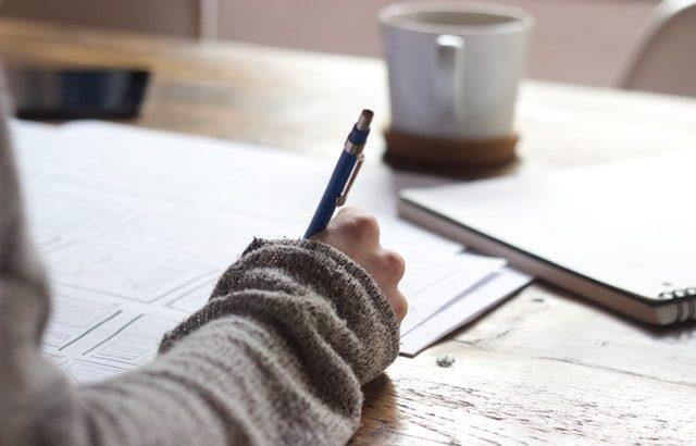 面接で会ってみたいと思わせる書類選考を突破する職務経歴書の書き方